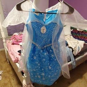 Girls Frozen dressup gown